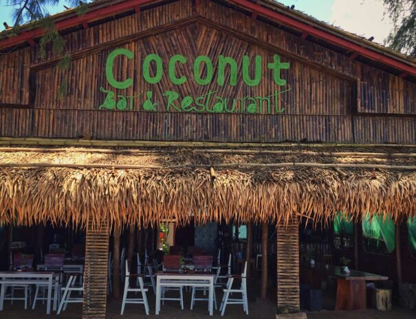 Coconut Restaurant & Bar seafood Maungmagan